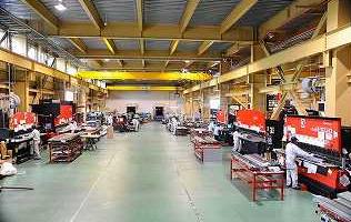 本社工場製造現場
